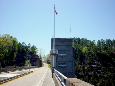 Norfork dam roadway in 2005